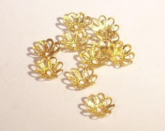 Cup flower gold tone 7mm x 10
