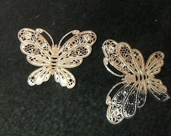 2 large prints BELOQUES Butterfly silver metal beads