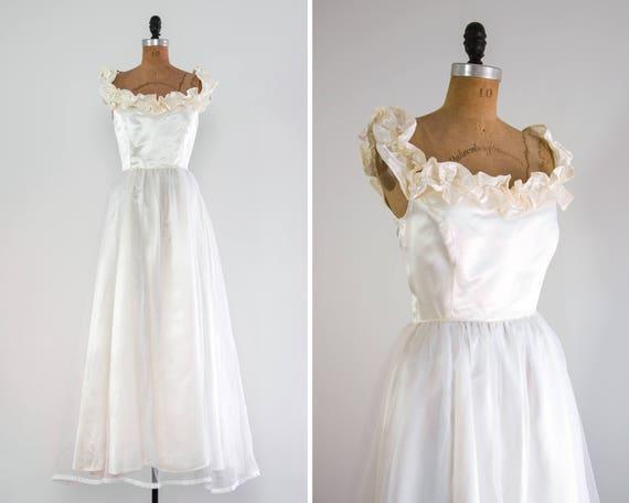 vintage 1970s wedding dress | 70s 80s wedding dress | simple chiffon satin wedding dress | ruffle wedding dress