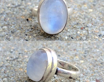 vintage sterling silver rainbow moonstone ring size 6.25