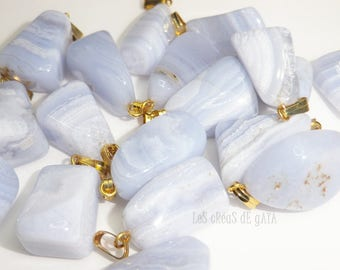 1 x chalcedony, natural stone blue mounted on bail