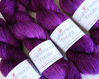 100g 380yds Mulberry Teeswater tonals (rare breed British wool). Pure Teeswater lambswool woollen spun + hand dyed in Yorkshire. High lustre