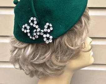 Vintage Green Fur Felt Hat with Prong Set Rhinestone Detail, Paulette, ca 1940s