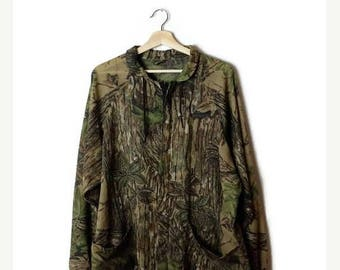 ON SALE Vintage Hunting Camouflage Pattern Zip up Light Jacket from 90's*