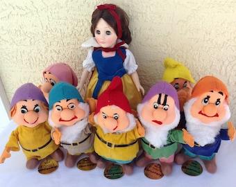 Snow White and the Seven Dwarfs 1980's Made in Japan complete set dolls Bashful Grumpy Sleepy Happy Dopey Sneezy Doc Walt Disneys Prod toys