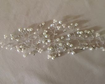 10 inch Ivory pearl and diamanté hair vine