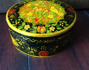 ON SALE Lacquer Box, Hand Painted Box, Paper Box, Paper mache, Hand Painted Bird, Jewelry Box, Trinket Box