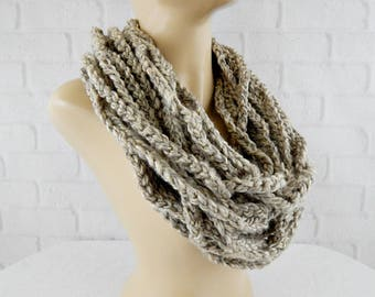Chain Scarf, Light Brown Cowl, Chunky Infinity Cowl, Crochet Scarf, Vegan Scarf, Necklace Scarf, Rope Cowl Crochet, Chain Scarf Chunky