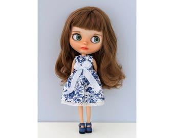 Classic dress No. 2 for Blythe doll