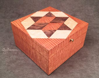 Kentucky Star Quilt Block on a Mahogany Keepsake Box by Quiltboxes