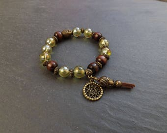 "ethnic bracelet ""Shaori"" glass beads, wood and brass"