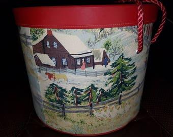 Vintage Kerk Guild Musical Sewing Box (Christmas Grandma Moses Fabric)