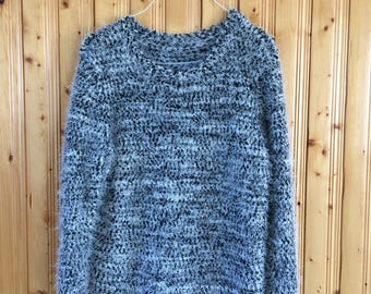 Medium vintage fuzzy sweater