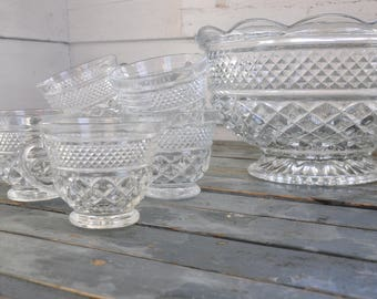 """10"""" Glass Punch Bowl"""