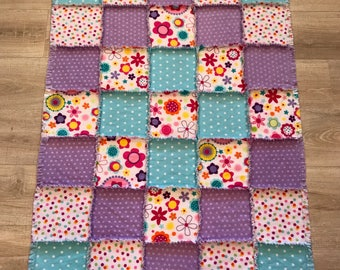 Flannel quilt, Flannel lap quilt, Lap blanket, Polka dot flannel, Flowers flannel, Purple flannel, Baby shower gift ; 10% of PP to charity