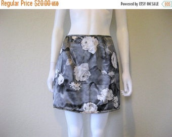 ON SALE rose floral skirt