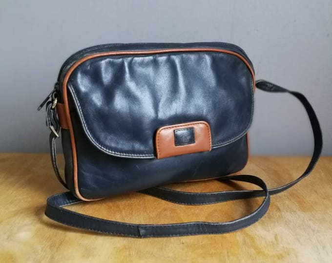 Featured listing image: Navy leather shoulder bag / 90s navy leather handbag with tan detail / chic leather navy bag / vintage 90s purse / retro blue bag