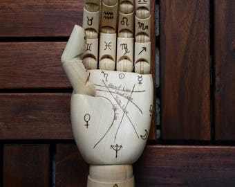 Hand-picking hand Palm reading Palmisty wooden hand portable wood hand