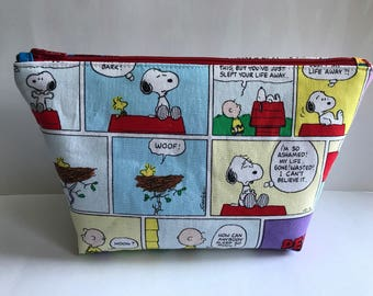 Peanuts Large Zipper Clutch