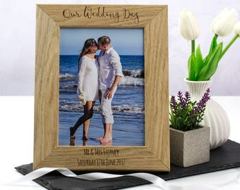 Wedding Photo Frame - Personalised Wedding Frame - Wedding Gifts For Couple - Oak Picture Frame - Photo Frame - Gift For Couple - LC217