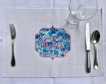 Lilly Pulitzer Moroccan Frame Appliqué With Outlined Vine Monogrammed  Placemat