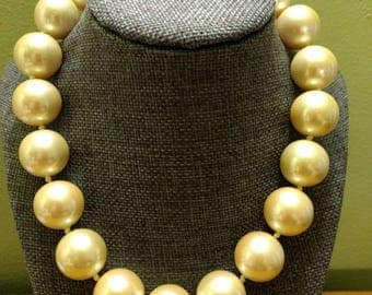 Vintage Designer Signed Erwin Pearl Faux Pearl Choker Necklace