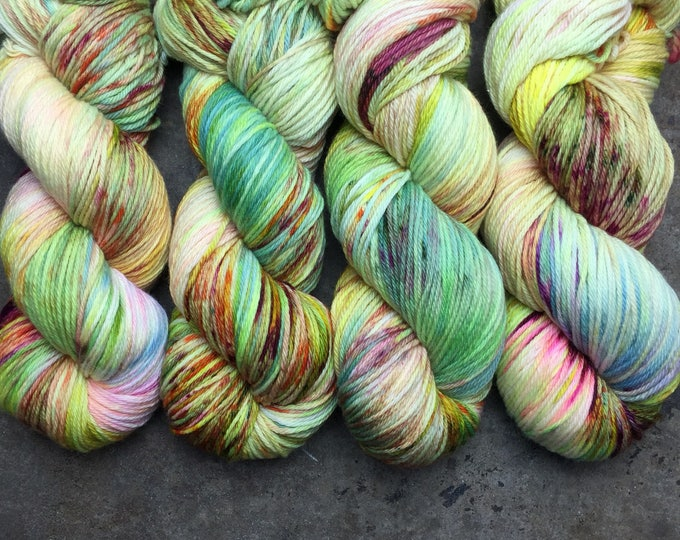DUTCHESS (worsted) 400 yds- Sour Patch Kids