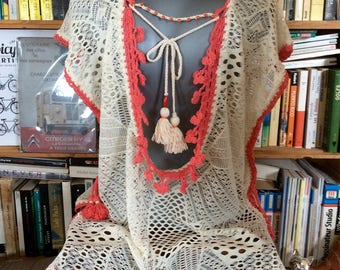 Tunic backless lace poncho / Lace poncho top