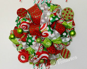 Candy Cane wreath Green Red and White Candy Cane wreath Home decor door hanger  Christmas wreath Candy Cane ribbon wreath candy cane gift