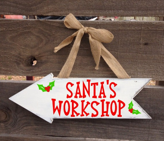 Santa sign outdoor christmas arrow signs wooden for Christmas yard signs patterns