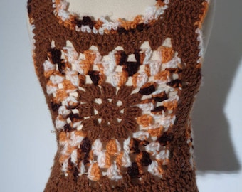 Vtg 70s GRANNY SQUARE Tank Vest AFGHAN Top, Small to Medium