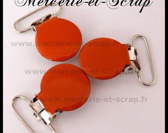 2 clips attached round 25mm orange