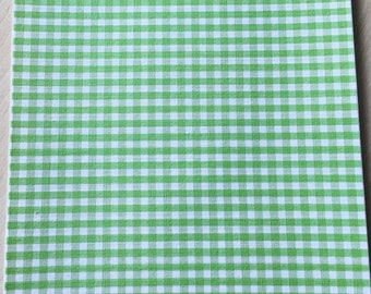 Fabric adhesive pattern: Green gingham 200 x 150 mm (A5)