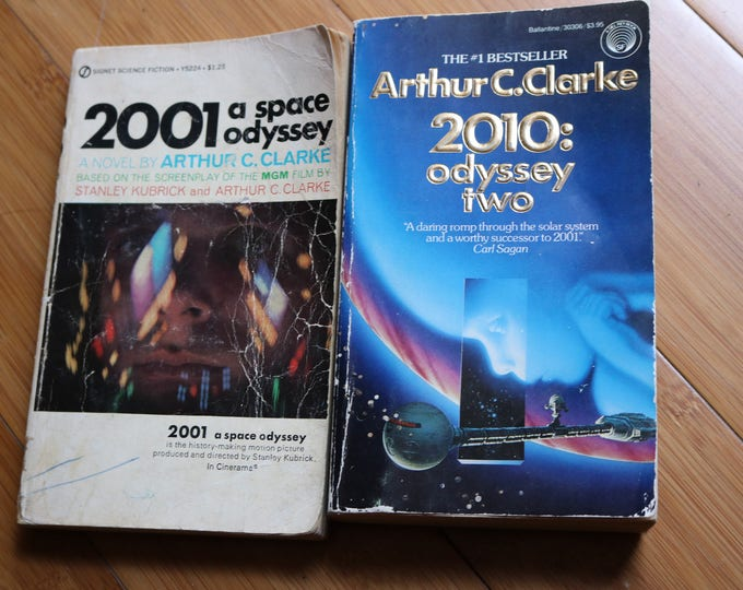 """an analysis of arthur c clarkes 2001 a space odyssey Arthur cclarkes bekendste boek 2001: a space odyssey"""" the novel and the third planet through the analysis of one of the last relics of mankind."""