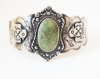 Fred Harvey Era Vintage Native American  Green Turquoise Sterling Silver Thunderbird Cuff Bracelet