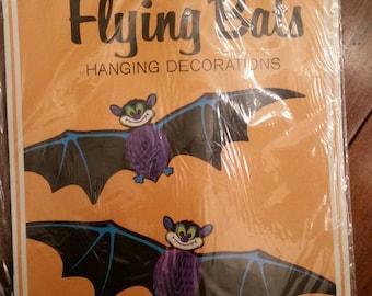 1980 Beistle 2 Flying Bats Hanging honeycomb Tissue Paper Decor