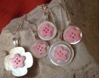 White and pink star mother of pearl pendants (set of 5)