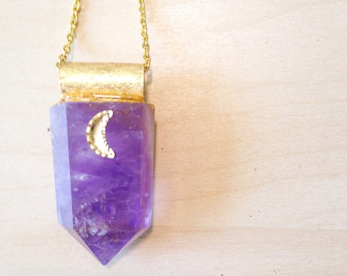 Amethyst wand with Gold Leaf Moon Accent Necklace