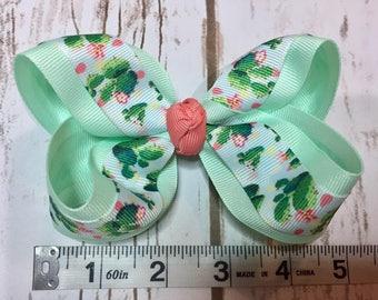 Single Cactus hair bow- mint