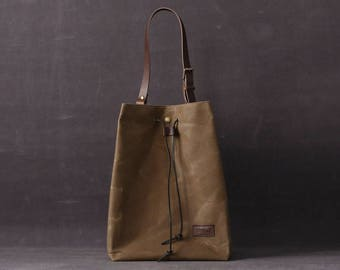 Waxed canvas tote bag OLGA brown