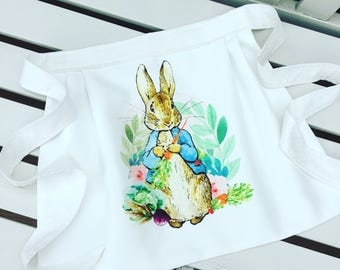 PETER RABBIT apron pinny for little girls, fully lined garden design in green and white with flower leaf age 2/3 or 4/5: can be personalised