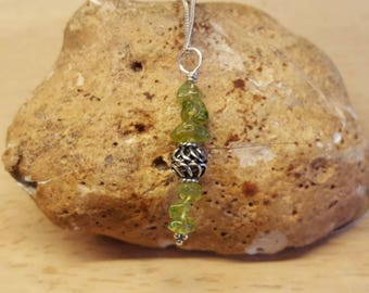 Sterling silver green Peridot pendant. August birthstone.  Crystal Reiki jewelry uk.