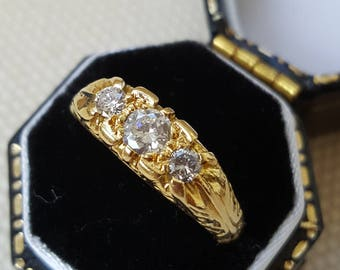Vintage 18ct Heavy Gold Diamond 3 Stone Ring with Scrolling Shoulders