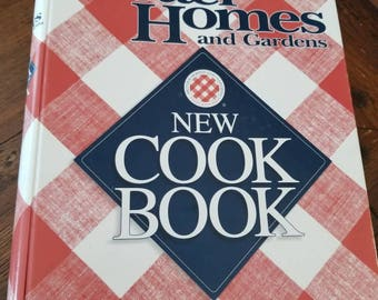 Better Homes and Gardens vintage cookbook.....1996....pristine condition