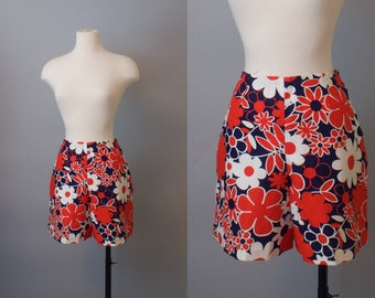 Flower Power Shorts / 1960s Cotton Floral Summer Shorts / 60s Shorts