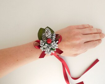 Rustic wrist corsage, Winter bracelet, Pine cone wrist corsage, Woodland wedding, Forest wedding, Winter wedding, Christmas wedding