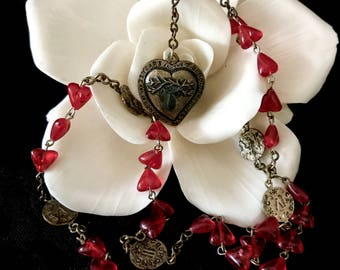 Chaplet rosary of the precious blood 33 Yrs of Jesus blood shedding red hearts