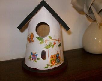 Birdhouse for birds, home decor
