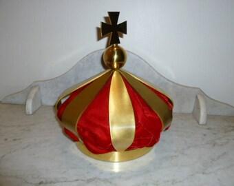 Religious art church presbytery cross statue crown brass velvet 1940s
