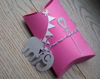 """Pink pillow box """"boxes"""